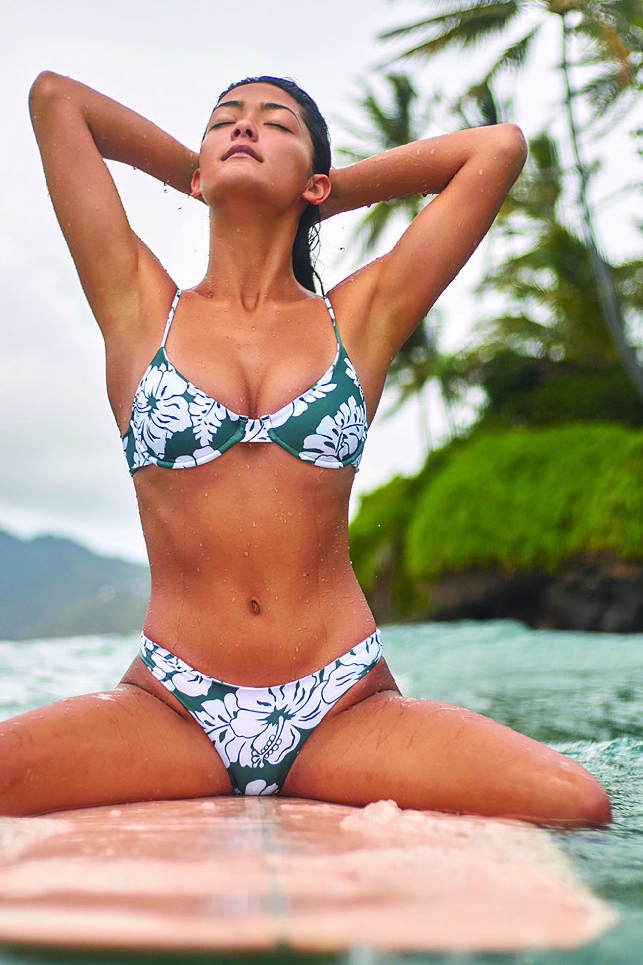 Lima Top and Lahaina Bottom in Tropical Wakame